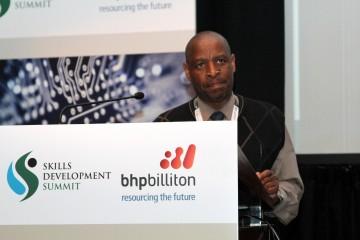Dr Mbulaheni Nthangeni -  Executive Manager STATSSA.jpg
