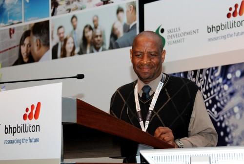Dr Mbulaheni Nthangeni - STATSSA.jpg