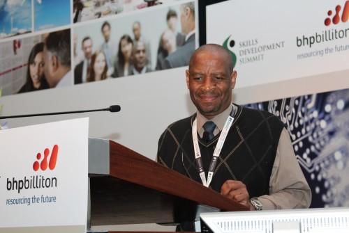 Dr Mbulaheni Nthangeni 4.JPG
